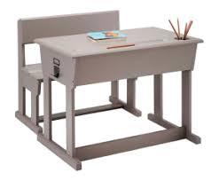 bureau enfant en pin bureau enfant pour un bureau miniature idéal westwing