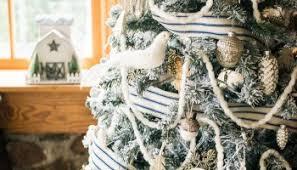 8 farmhouse christmas decorating ideas celebrating everyday life