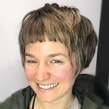 hairstyles for women with a large chin the 30 ultimate short hairstyles for long faces