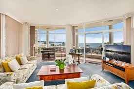Beach House Wollongong - 6 11 15 corrimal street wollongong nsw 2500 sold