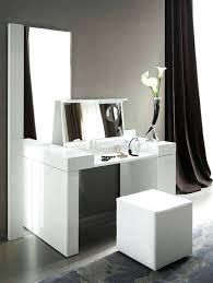 ikea miroir chambre coiffeuse chambre pas cher une coiffeuse avec miroir de luxe