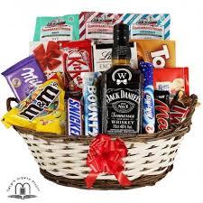 whiskey gift basket send passover gift basket israel tel aviv jerusalem haifa