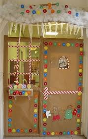 Christmas Door Decorating Contest by Christmas Door Decorating Contest Winners Designcorner