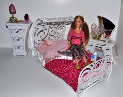 Best Barbie Beds Images On Pinterest Doll Furniture Barbie - Fashion bedroom furniture
