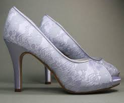 light purple wedding shoes 8 ideas to organize your own lilac purple wedding