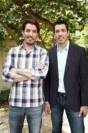 Propertybrothers See Property Brothers Drew And Jonathan Scott In New Brother Vs