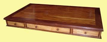 plateau de bureau bois grand bureau à caissons en bois de palissandre et de margousier