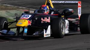formula 3 crash max verstappen tijdens formule 3 race in macau nu het