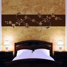 schlafzimmer swarovski wandtattoo wandbanner blumen ranke mit swarovski wohnzimmer