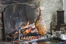 ficelle cuisine gigot à la ficelle cuit au feu de bois picture of la bergerie