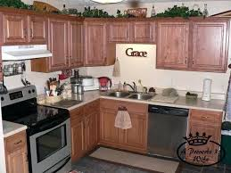 cleaning kitchen cabinets wood cleaning kitchen cabinets cleaning and organizing kitchen cabinets