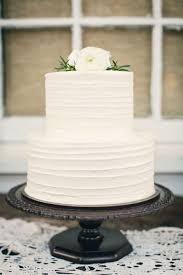 simple wedding cake ideas best 25 plain wedding cakes ideas on hill country