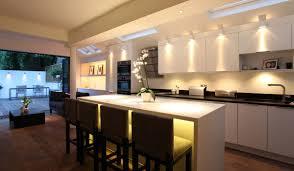 eclairage pour cuisine moderne l de bien éclairer la cuisine cuisinoo com