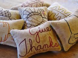 Primitive Holiday Decor Thanksgiving Decorative Pillows Give Thanks Bowl Fillers