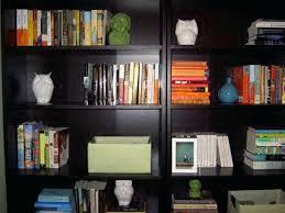 decorating a bookshelf decorating ideas for bookshelves ghanko com