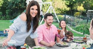 tiffani thiessen home tiffani thiessen opens her l a home for a summer barbecue get her