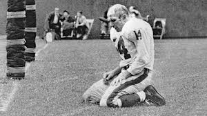 hall of fame quarterback y a tittle takes a final trip home