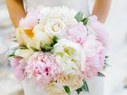 wedding flowers types top 11 wedding flower tips from the pros wedding flowers