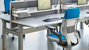 Organizing An Office Desk 1 1 Organisation Tools Office Accessories Desk Organisation