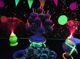 glow party ideas 15 awesome glow in the birthday party ideas spaceships and