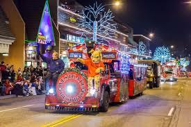 gatlinburg fantasy of lights christmas parade the smoky