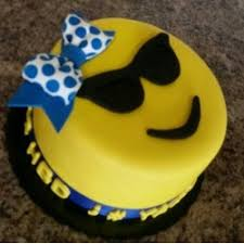 emoji and smiley cakes online delivery in india sweet frost