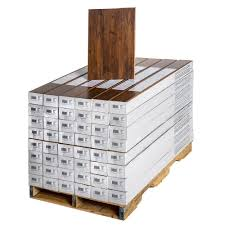 Laminate Flooring Calculator In Feet Trafficmaster Eagle Peak Hickory 8 Mm Thick X 7 9 16 In Wide X 50