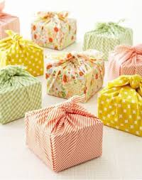 cloth gift bags fabric gift bags and wrapping ideas on simply
