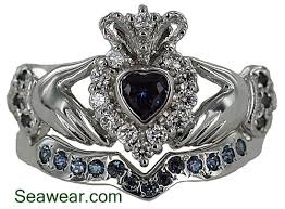claddagh wedding ring sets claddagh wedding band set