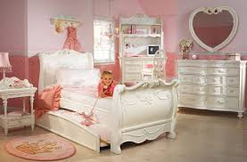Bedroom Furniture For Little Girls by Disney Princess Bedroom Furniture For Girls Glamorous Bedroom Design