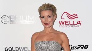 hair style from housewives beverly hills real housewives of beverly hills adds vidal sassoon s daughter