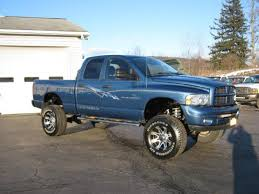 2004 dodge ram pickup 2500 information and photos zombiedrive