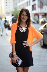 wear statement necklace images Tips on wearing statement necklaces correctly aelida jpg