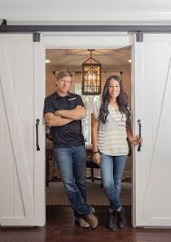 chip and joanna gaines u0027 magnolia house just booked up 6 months in