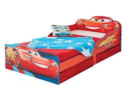 chambre cars pas cher lit lit enfant cars fantastique lit flash mcqueen disney cars