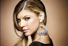 fergie earrings fergie photoshoot 2 stránky plné celebrit a luxusní módy