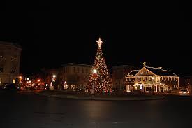 Holiday Lamp Post Decorations Gettysburg Christmas Tree Lights Gettysburg Daily