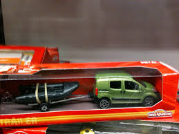 matchbox land rover 90 why matchbox is a sorry sight these days u2026 u2026 u2026 u2026but look what you can