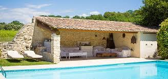 cuisine d été aménagement superbe amenagement petit jardin avec terrasse et piscine 9