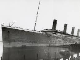 extra extra titanic sinks scholastic