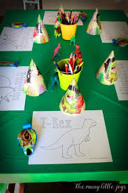 dinosaur birthday party dinosaur birthday party a real s guide the many joys