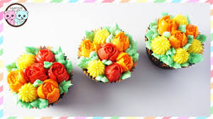 autumn cupcakes with russian piping tips sugarcoder fall