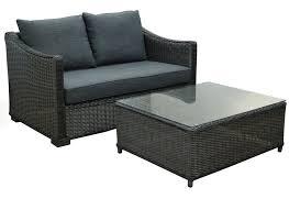 table pour canapé la maison du jardin canapé 2 places en résine tressée et table