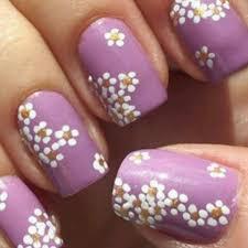 imagenes de uñas pintadas pequeñas uñas moradas sencillas elegantes y muy femeninas
