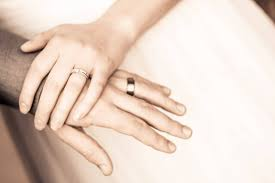 wedding rings online should you buy your wedding ring online or from a local jeweler