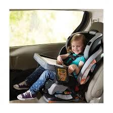 siege auto enfant 4 ans voyage en voiture la tablette dessin pour occuper les enfants