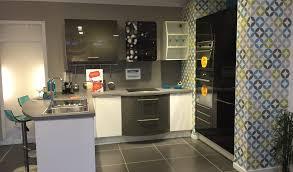 une cuisine en ville cuisine ixina bordeaux photos de design d intérieur et