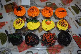 Halloween Cupcakes And Cakes by Feistymomma Watch Out She Bites