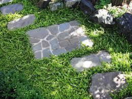 landscape stepping stones ideas