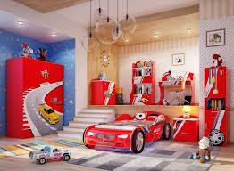 chambre enfant formule 1 déco chambre garçon 27 idées originales thème voiture deco